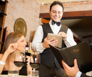 Au restaurant, les serveurs se modernisent !